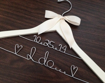Quality Double line hanger, wedding photos, bridal, Quality wedding hanger, name hanger, bridal hanger, bridesmaid hanger, hanger, bride