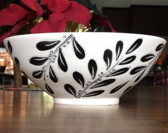 Black and white Tipu tree leaf bowl, porcelain bowl, pottery bowl, Wheel thrown, Hand painted