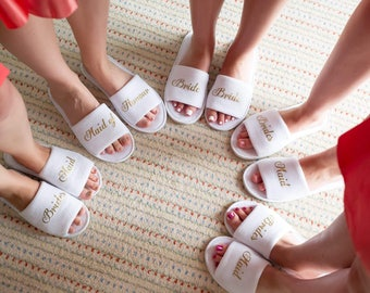 Personalised bride slipper, bridesmaid slippers,hen party slippers, spa day slippers, bridemaid gift slippers, mother of the bride slippers