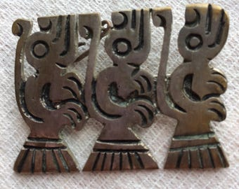 Vintage Aztec/Mayan God/Mythical Creature Pendant Brooch