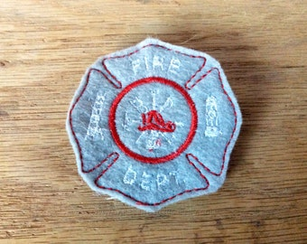 Fireman badge, badge pin, first responder badge, party favor, party supply, fireman party, party gift, dress up badge, fireman pin