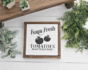 Farmhouse wood sign ~ Farm Fresh Tomatoes