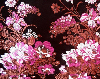 150 CM. Fabric with beautiful embroidery of 120 luxurious Brocade