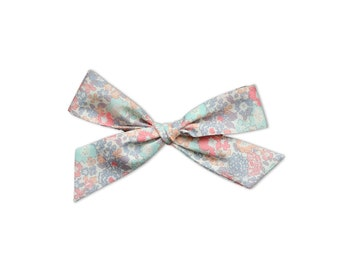 Emma Hand Tied Bows