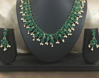 Emerald necklace, Pakistani jewelry ,Indian Wedding Jewelry,Statement Jewelry,Statement Necklace,Green Necklace, Indian Bridal jewelry