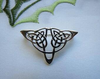 Elegantly-designed Celtic Sterling Silver Brooch or Cape or Cloak Pin!