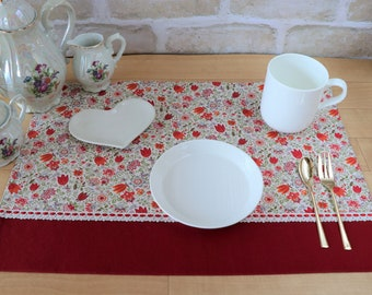 TULIP PLACEMAT, Red and Orange PLACEMAT, Floral Placemat, For Children, Colorful Flower, Made in Japan, Spring Season, Home Decor, Pretty