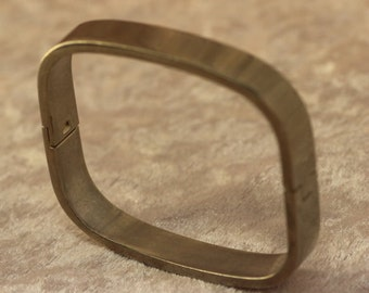 Mod 925 Sterling Silver Hinged Bangle Bracelet Heavy and Thick Modern Design