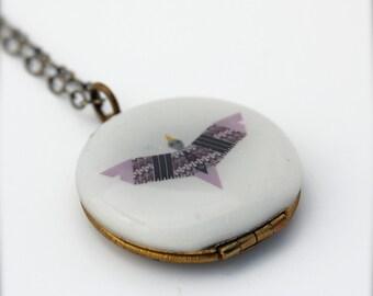 """Vintage Locket Necklace Alyson Fox Art """"Flight"""" One Inch Size"""