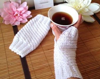 Mid-length snow white fancy knit fingerless gloves