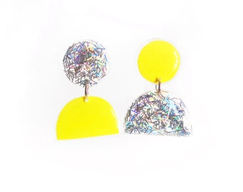 Neon Yellow Holographic Earrings, Vibrant Plexi Resin Jewelry, Mismatched  Acrylic Earrings, Bold Sparkle Earrings, Post Dangle Earrings
