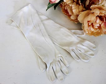 Vintage 1960s White Gloves / Elbow Length Gloves Cotton Spring Summer Glove / Church Glove / Wedding Formal Glove