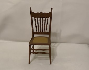 "Dollhouse Miniature 1"" Scale Chrysnbon Chair"