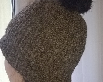 Knitted Hat, Hat with Pom, Snowboading Hat, Oversized Hat with Pom Pom, Hand knit hat Oversized, with Wool, Mama  knits, Moda
