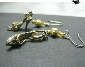 Fairy Gold Cinderella Slippers Charm Earrings