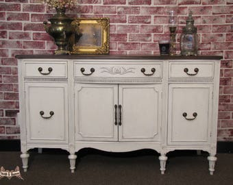 SOLD **** Farmhouse Buffet, Shabby Chic Buffet/ Sideboard, Entryway Piece