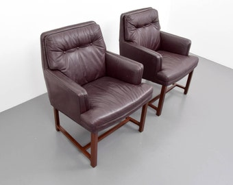 Edward Wormley Leather Armchairs, Set of Two