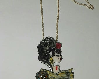 Super Women's line necklace mod. Amy Winehouse