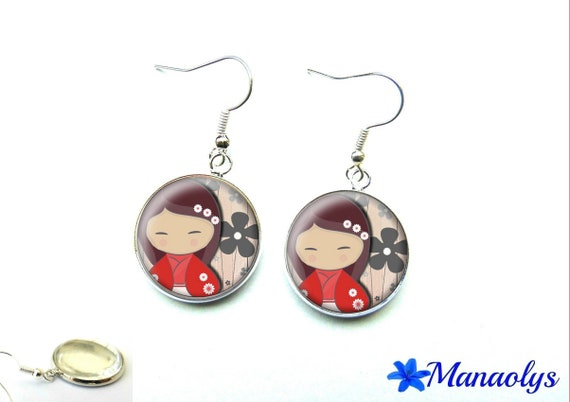 Kokeshi, red and grey glass 1340 cabochons earrings