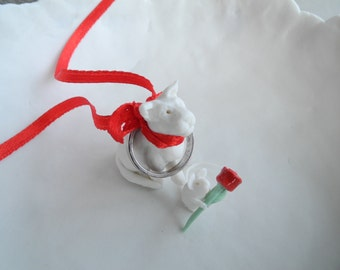 Cat and mouse with a red rose - ring box - porcelain story bowl in gift box