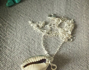 Silver plated necklace with starfish and seashell