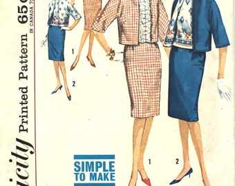 Blouse with Ruffled Front and Skirt Suit Bust 31.5 Simplicity 4809