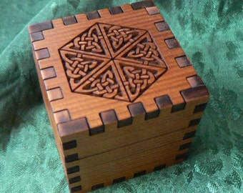 1.8 Snowflake Celtic Knot Cedar Cube Ring Box