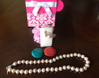 Pink Freshwater Pearl Earring and Necklace Set.
