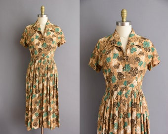 40s brown and green rayon print vintage dress.  vintage 1940s dress