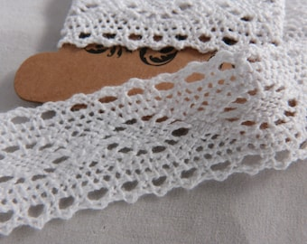 Wide cotton lace white, on map 3