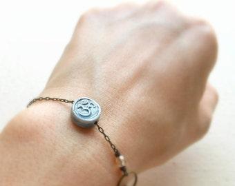 OM Armband oder Fußkettchen Meditation Armband Om Symbol Yoga Om Schmuck spiritueller Schmuck Hippie Schmuck