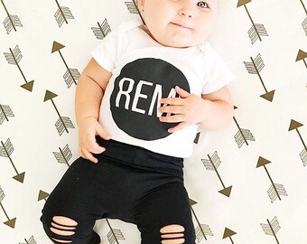Gold shimmer arrow deeranddot Baby Roundies Round play mat Rug Tummy Time Play Mat Nursery Baby Blanket Blanky Flatlay