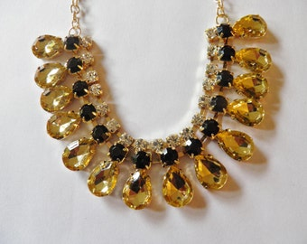 SALE**** Rhinestone Necklace.