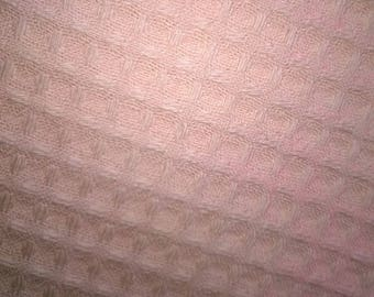 HONEYCOMB bee 100% cotton apricot width 140cm