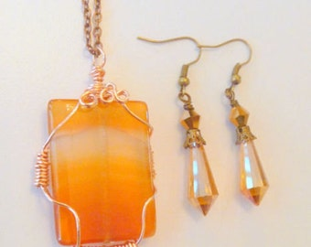 Carnelian Gemstone Copper Wire Wrapped Pendant Necklace with Crystal Earrings