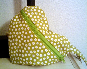 Heart Shaped Bag in Green and White Flowers