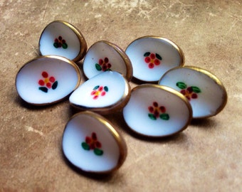 8 White hand-painted glass knobs - eye-catcher - old collector / glass buttons - antique floral motif (115)