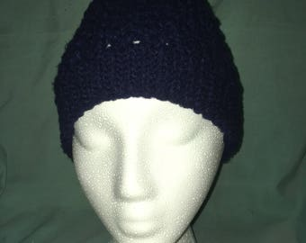 V-stitch beanie, in navy blue