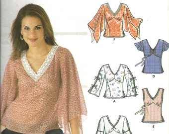 Simplicity 5595     Misses Pullover Tops with Sleeve and Trim Variations     Size 4-10    UNCUT