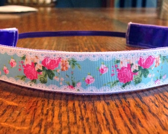 NOODLE HUGGER Non slip ribbon headband - Lace and roses - 7/8 inch (running, working out, everyday: women and girls)