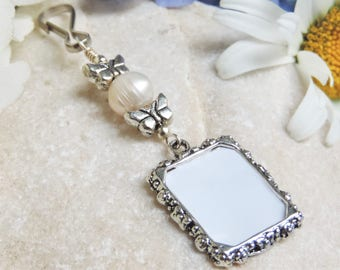 Wedding bouquet photo charm. Butterflies bridal bouquet charm with pearl. Memorial picture. Bridal shower gift for the bride. In memory of.