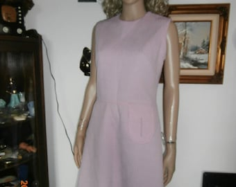 Womens Dress - Kenny Classics -Mod Dress -Textured  Polyester -Light Purple Dress -Sleeveless Vintage Dress