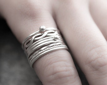 Thin stacking rings. Set of 5 sterling silver stacking rings. Minimalist and elegant handmade jewelry