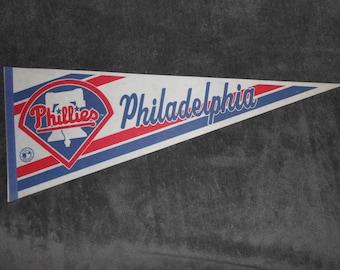 Vintage 80s Collectible Philadelphia Phillies Flag Souvenir Baseball Felt Pennant