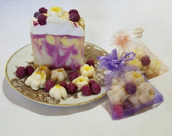MAGNOLIA RASPBERRY Handmade Soap - and Guest Soap Sets too!  Wedding & Shower Favors!  Smells amazing!