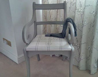Chalk Paint a Chair workshop - Revamp a chair