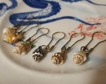 Free Shipping! Seashell Nautical Stitch Markers for Knitting and Crocheting set of 6
