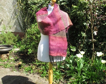 Carmine bee-eater - a hand-woven shawl / scarf
