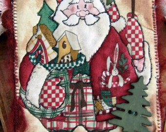 Santa Fabric Postcard, Quilted Postcard, Christmas Gift, Handmade Card, 4x6