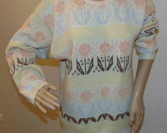 Vintage Knit Sweater /Sweater floral pattern/ size M